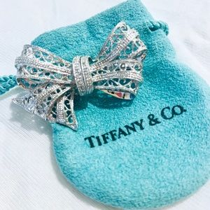 Tiffany & Co Vintage Bow Brooch (Pin)